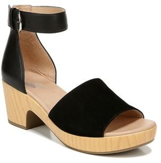 Dr. Scholl's Flora Platform Sandal