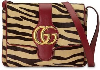 Gucci Arli tiger print shoulder bag