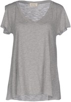American Vintage T-shirts - Item 12048297
