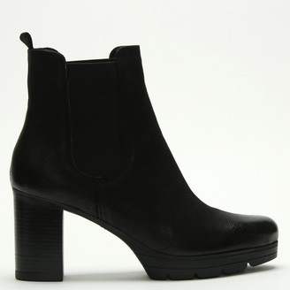 Daniel Ridley Black Leather Stacked Heel Chelsea Boots