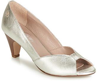 Betty London JIKOTIZE women's Heels in Silver