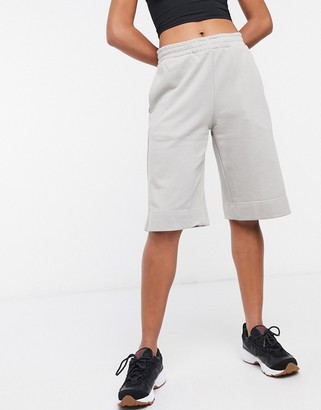 Weekday terry jersey shorts in grey