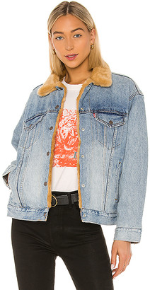 Levi's Oversized Reversible Fur Trucker