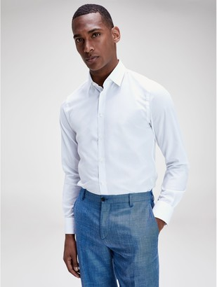 Tommy Hilfiger Slim Fit Cotton Dobby Dress Shirt