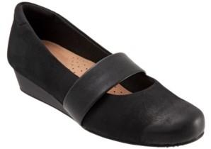 SoftWalk Winona Slip-on Wedges Women's Shoes