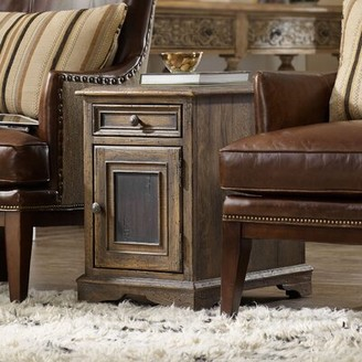 Hooker Furniture Hill Country End Table with Storage