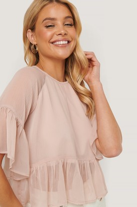NA-KD Shirred Embroidery Short Sleeve Blouse