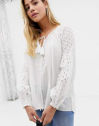 Glamorous tunic top with crochet sleeves-White