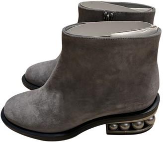 Nicholas Kirkwood Grey Suede Ankle boots