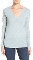 Petite Women's Halogen V-Neck Cashmere Sweater