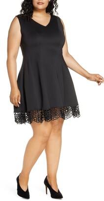 Donna Ricco V-Neck Crochet Hem Dress