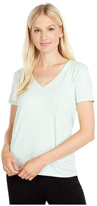 tasc Performance St. Charles V-Neck Short Sleeve Tee (Black) Women's T Shirt