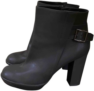 Tod's Grey Leather Ankle boots