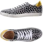 Primabase Low-tops & sneakers - Item 11313401