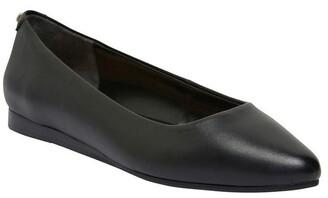 Sandler Laura Black Glove Flat Shoes