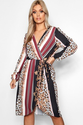 boohoo Plus Chain Mixed Print Wrap Midi Dress