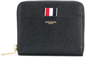 Thom Browne PEBBLED LEATHER SHORT ZIP-AROUND PURSE