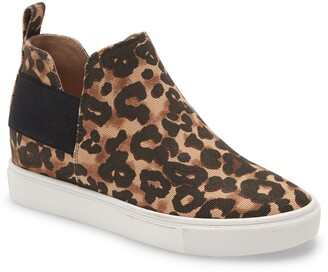 Steve Madden Crushin High Top Slip-On Sneaker