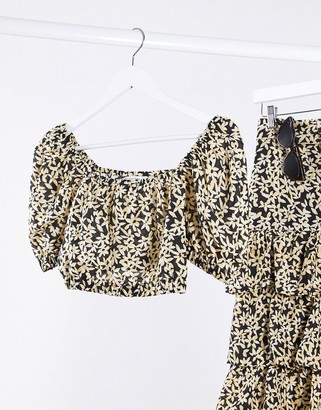 And other stories & sunflower print cropped top in black