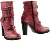 Le Crown Ankle boots
