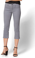 New York & Co. Soho Jeans - Curvy Cropped Legging - Grey
