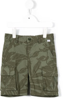 Il Gufo camouflage print shorts