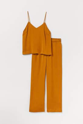 H&M Satin pyjamas