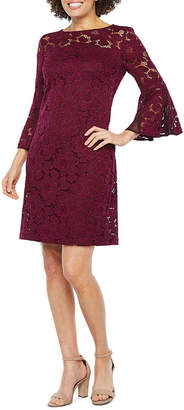 Studio 1 3/4 Bell Sleeve Floral Lace Shift Dress