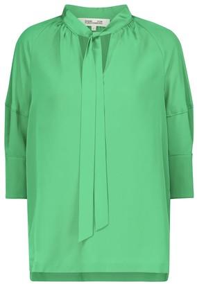 Diane von Furstenberg Lynn silk crepe de chine blouse