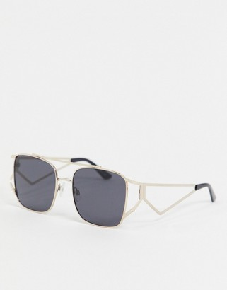 Jeepers Peepers gold frame dark tinted sunglasses
