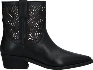 ERMANNO DI ERMANNO SCERVINO Ankle boots