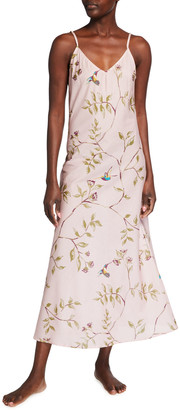 POUR LES FEMMES Hummingbird V-Back Long Nightgown