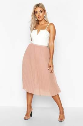 boohoo Plus Chiffon Pleated Midi Skirt