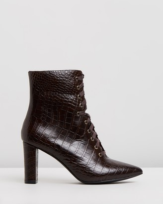Atmos & Here Sylvia Leather Ankle Boots