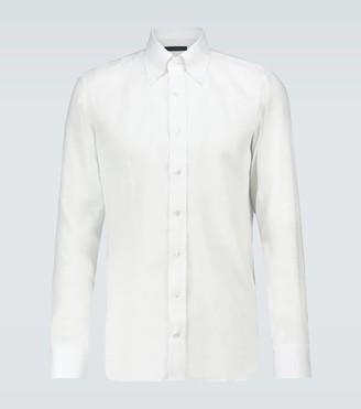 Classic long-sleeved linen shirt