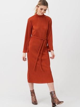 Very Slash Neck Plisse Midi Dress - Rust