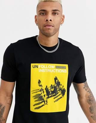HUGO Durabaya unfollow print t-shirt in black