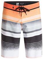 Quiksilver Men's Everyday Stripe Vee Boardshort Swim Trunk