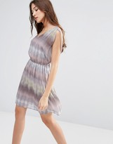 Lavand Linear Print V Neck Dress