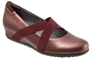 SoftWalk Waverly Wedges Women's Shoes