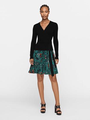 Diane von Furstenberg Guinevere Pleated Crepe Mini Skirt