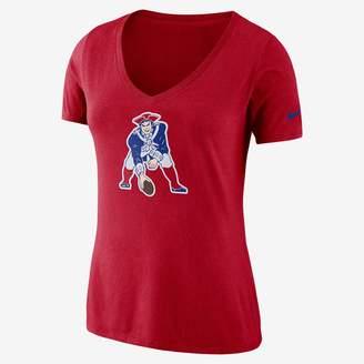 Nike Women's T-Shirt Historic (NFL Patriots)