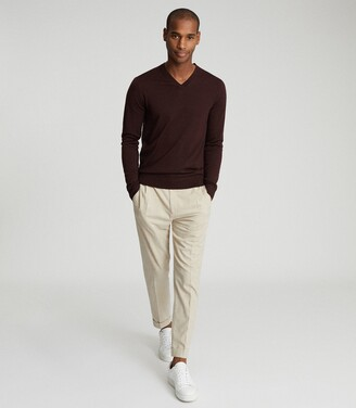 Reiss Earl - Merino Wool V-neck Jumper in Bordeaux