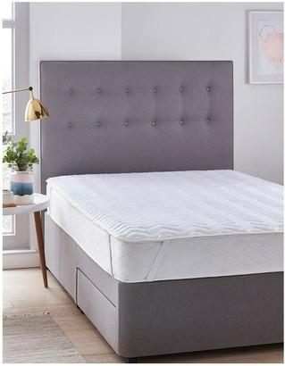 Silentnight Deep Sleep Mattress Protector