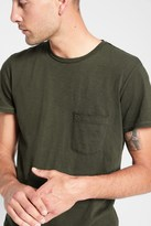 7 For All Mankind Short Sleeve Raw Pocket Crew In Olive