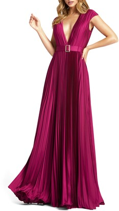 Mac Duggal Plunge Pleat Gown