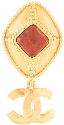 Chanel Pre Owned oval CC brooch