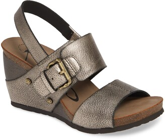 OTBT Overnight Wedge Sandal