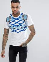 Versace T-Shirt In White With Chest Print