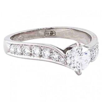 Van Cleef & Arpels White Platinum Rings